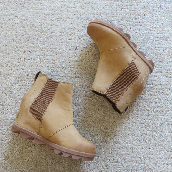 3625d5cf152 Sorel Joan of Arctic Wedge II Chelsea Boot 6 7 38.  M 5b21b3bfc9bf509f481b7d96